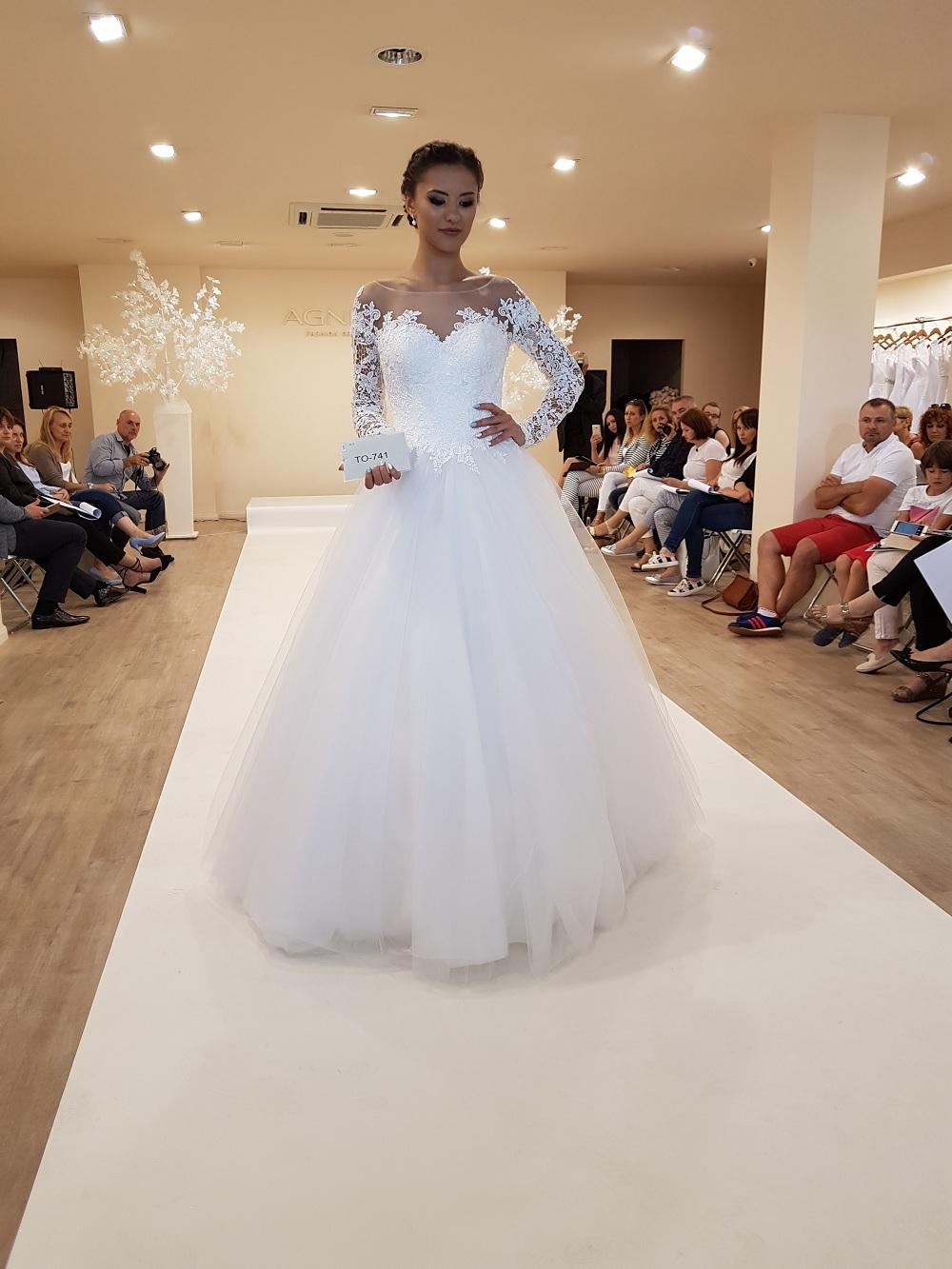 Wspólne Targi Ślubne Wedding – Warszawa – PGE Narodowy » SALON MAVI SU-19